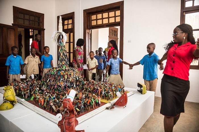 Le Musée_Ouidah_Visite complexe scolaire de Grèce_Salle Aston©Jean-Dominique Burton.1
